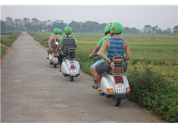 vespa tour hanoi - Mai chau vespa tours 3 days 2 nights