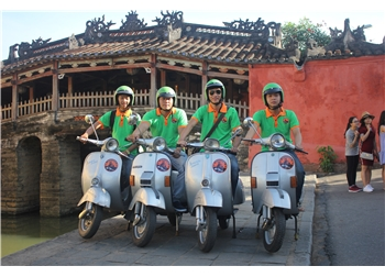 vespa tour hanoi - A GLIMPSE OF HOI AN AND COUNTRYSIDE 2,5 HOURS